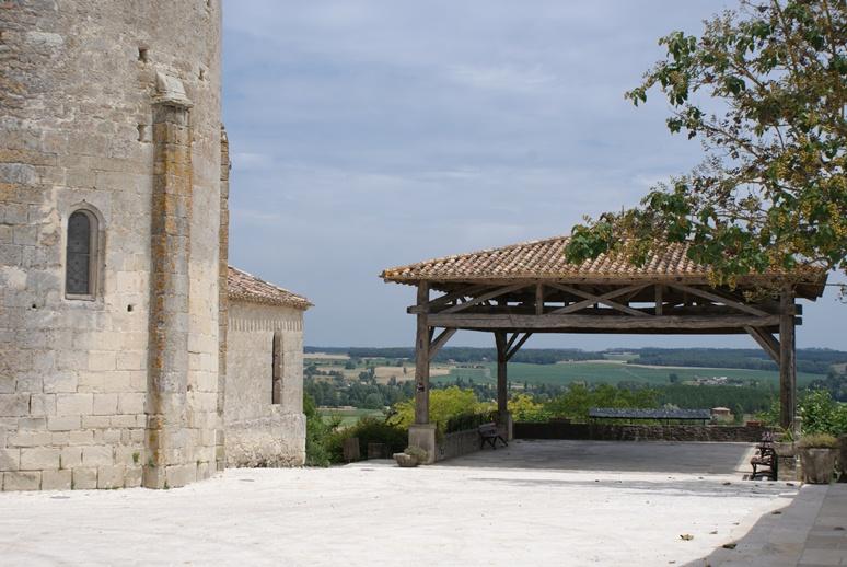 Eglise romane Notre Dame à Monteton