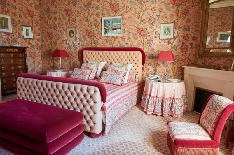chateau-lagrave-bechade chambre rose - Copie
